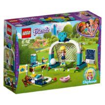 LEGO® Friends - Stephanie fociedzésen (41330)