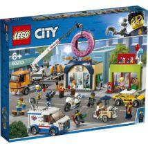 LEGO® City - Fánkozó megnyitó (60233)