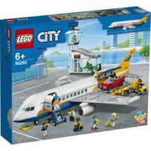 LEGO® City - Utasszállító repülőgép (60262)